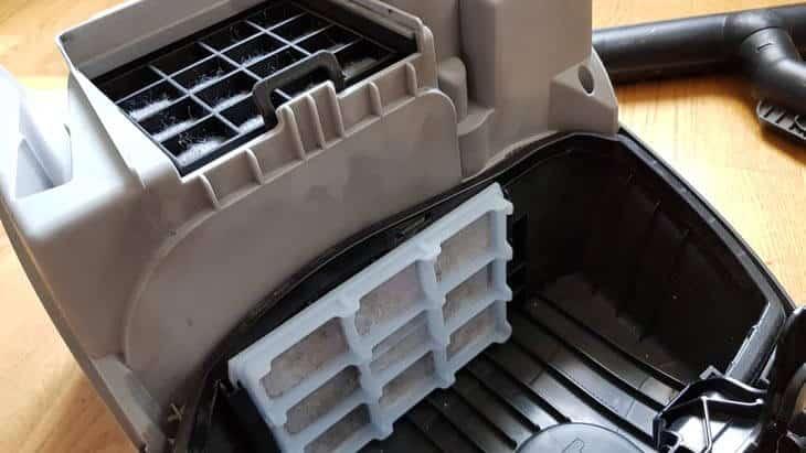 stinkender staubsauger filter